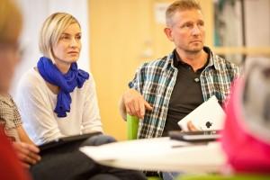 Aikuisopiskelijoiden kompetenssitietoisuus urasuunnittelussa -artikkelin kuvitusta